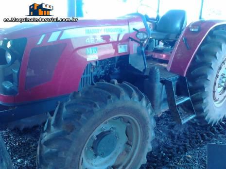 Tractor ACGO MF 4275